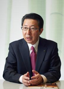201803ASHISUTO_P01