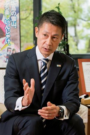 湯﨑英彦・広島県知事